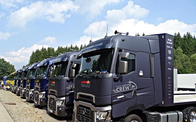 truck-2701339_640